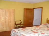 31. Pirineos. Habitaciones en el campamento. Esterri D´aneu