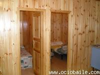 37. Pirineos. Habitaciones en el Campamento