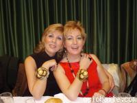 25. ¡Las cantantes! Carmen y Encarna