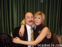 26. ¡Carmen, suelta a Roberto un poco que no te le vamos a quitar!